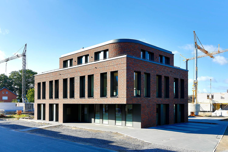 Büro & Verwaltungsgebäude